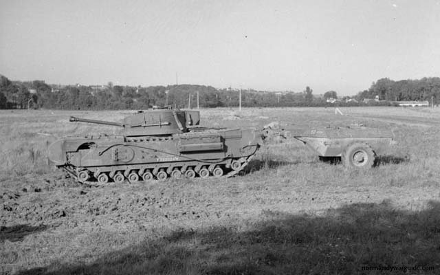 Crocodile Tank with trailer side view, during trials at Eastwell Park 1944