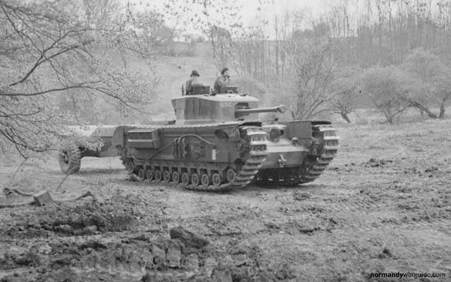 Crocodile Tank with trailer front view, during trials at Eastwell Park 1944