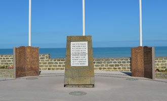 Saint-Aubin-sur-Mer Monument to 48th Royal Marine Commando's